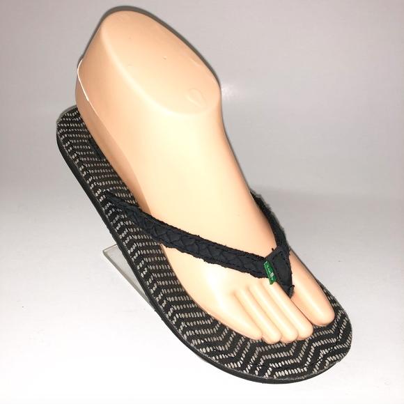 Sanuk Shoes - Sanuk Women's Braided Leather Flip Flop Sandals 7
